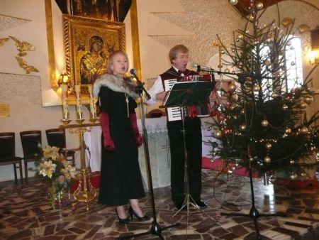 alt src=http://www.biblsokol.home.pl/j/images/stories/Biblioteki_w_powiecie/Repki/koncert%20w%20kosciele%20006.jpg